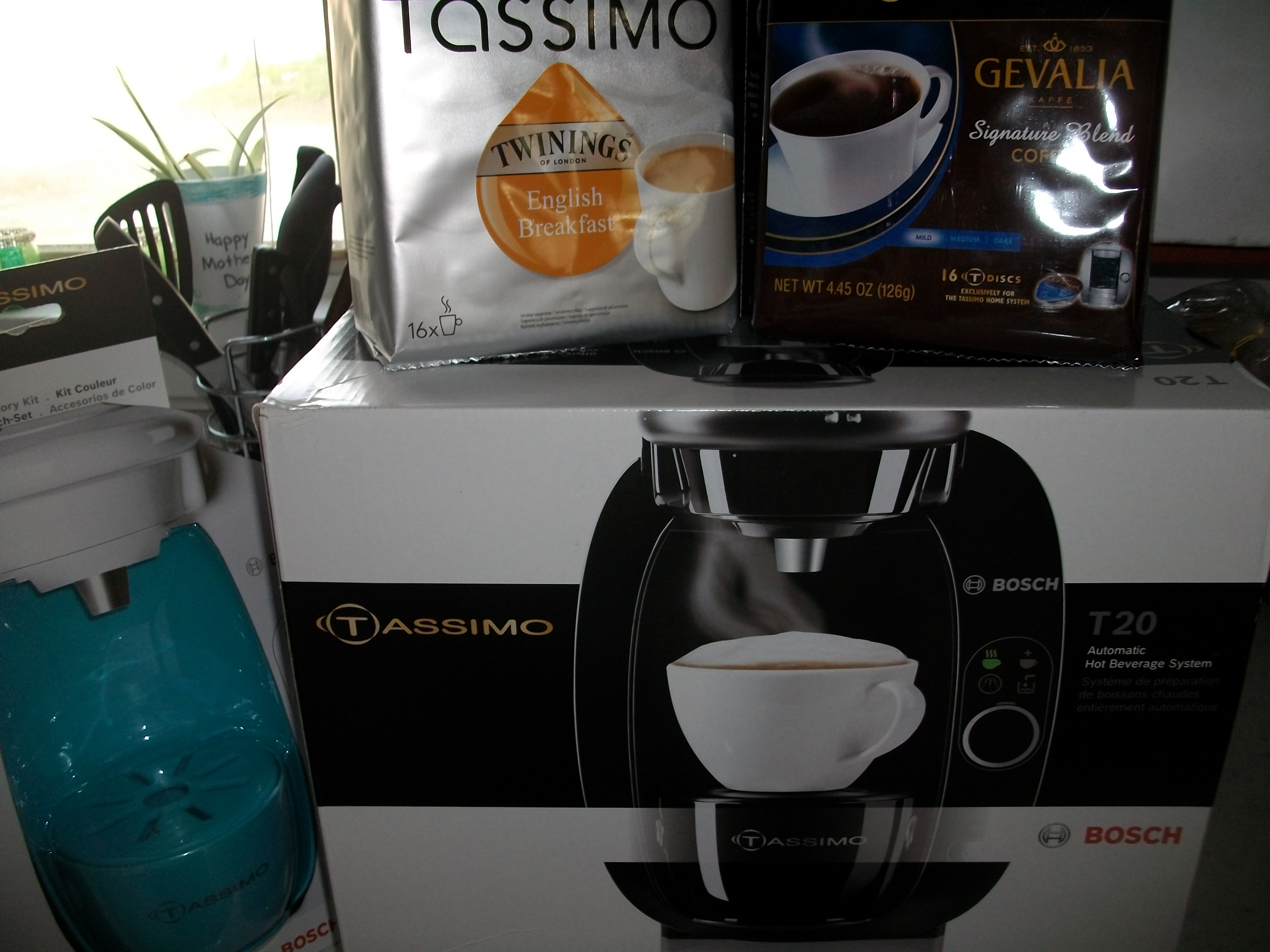 Tassimo for the Holidays! T20 Brewing System Prize Package Giveaway #12DaysGalore