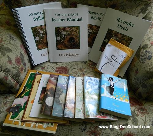 Oak Meadow Homeschooling Curriculum Package Giveaway {ends 8/31}