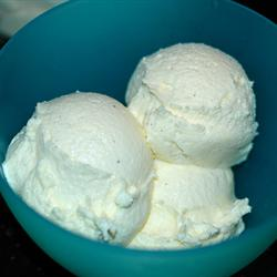 Ice Cream, Ice Cream ~ We all love ice cream! #RockYourBlog