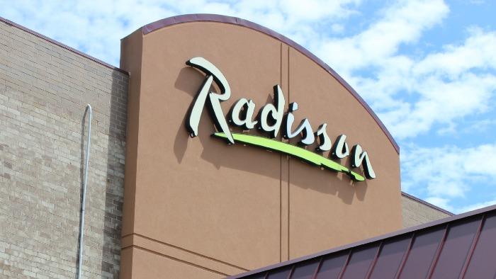 Radisson Sign Roseville