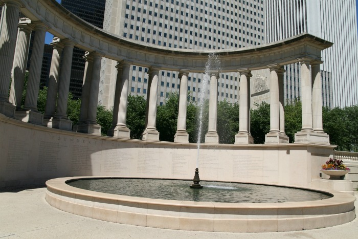 Weekend Getaway in Chicago ~ Millennium Chicago Tours