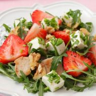 Recipe: Berry, Feta, Spinach Chicken Salad