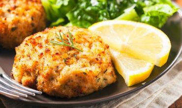 Recipe: Summer Crab Cakes