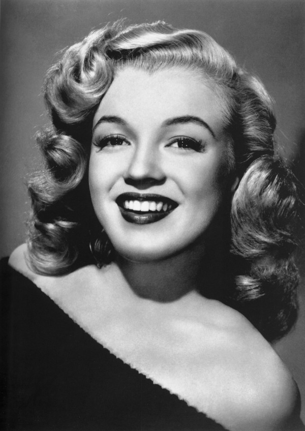 Celebs You Would Never Guess Had Plastic Surgery: Marilyn Monroe
