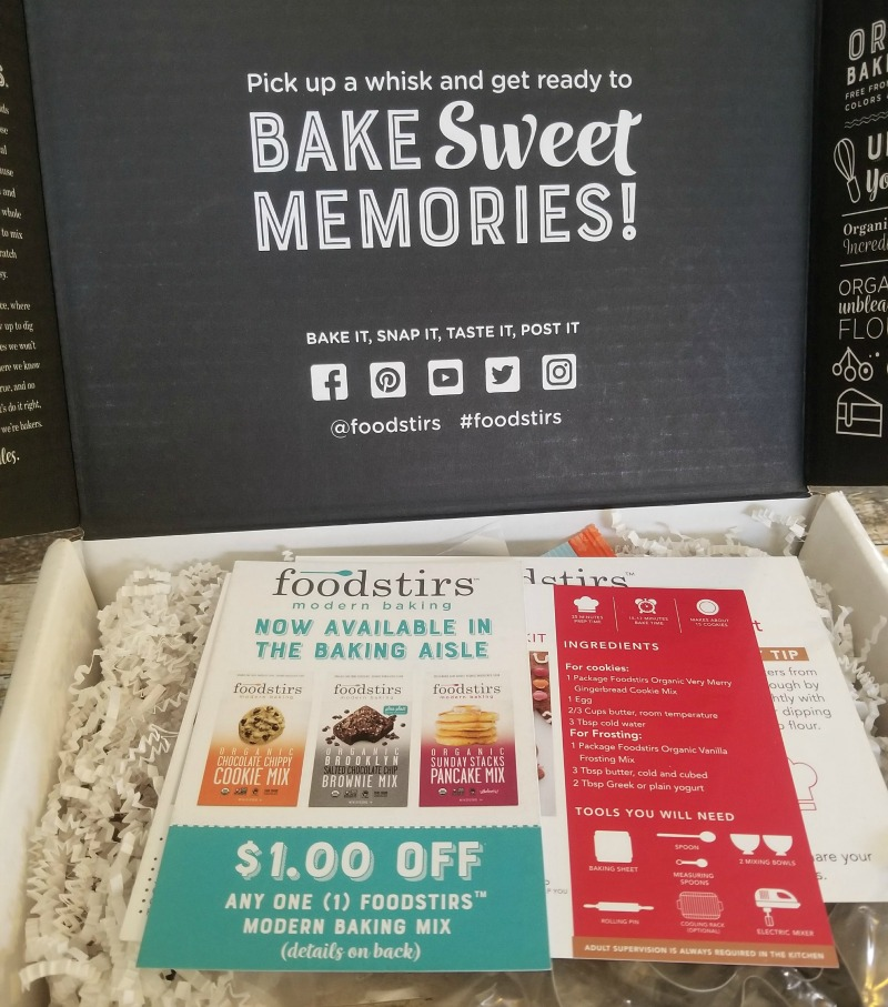 Best DIY Organic Food Baking Kits Delivered Monthly by Foodstirs #HotHolidayGifts2017