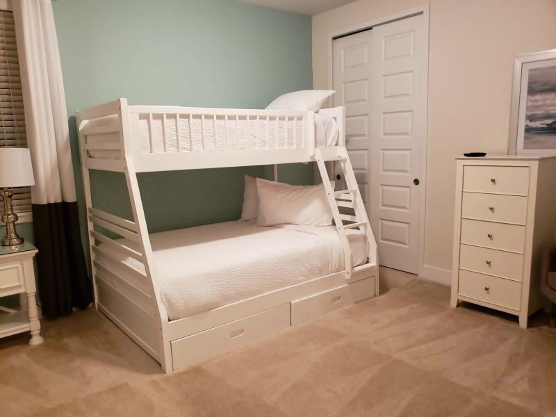 8 Reasons Why Families Choose Encore Resort - Bunkbed Room