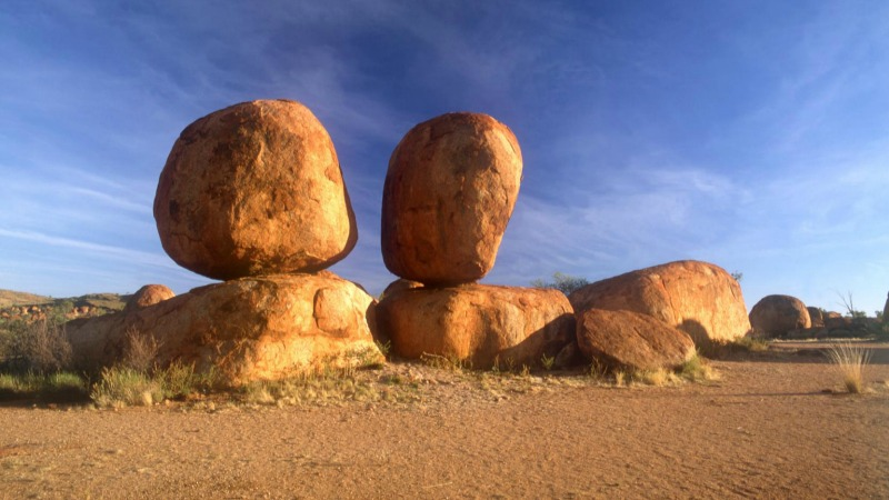10 Fabulous But Less Known Family Getaways In Australia - Devils Marbles