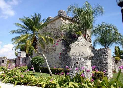 photo credit: Coral Castle Museum