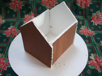 gingerbread house base1