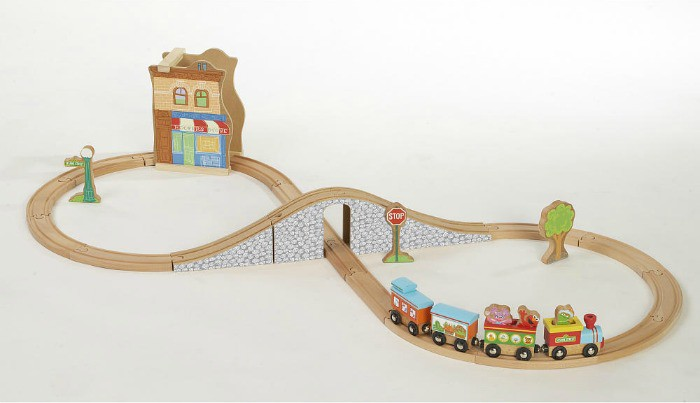 Fisher-Price Sesame Street Wood 29-Piece Train Set