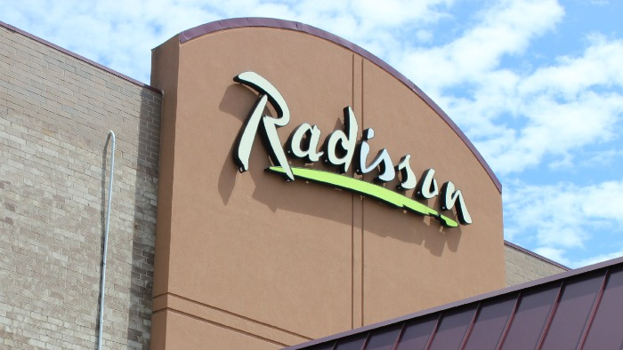Radisson Sign Roseville