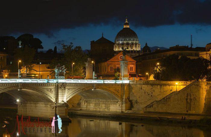 Ponte_Vittorio_Emanuele_II_San_Pietro,_Rome,_Italy