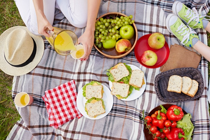 Sustainability Made Simple Tip: Host a plastic-free picnic