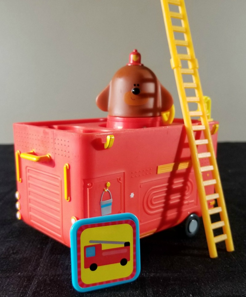 Earn Your Fire Safety Badge with the Hey Duggee Rescue Vehicle #HotHolidayGifts2017