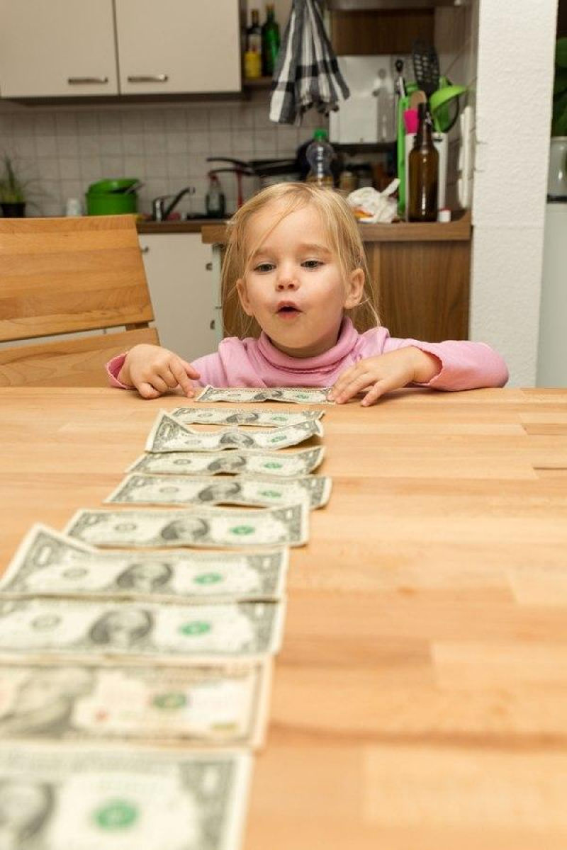 Teaching Kids About Money: Give Allowances in Ones