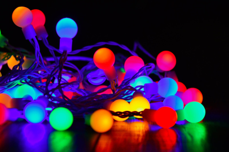 How to Decorate the Kids' Room With Neon Colors