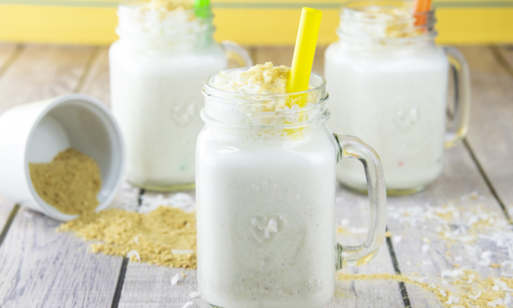 How to Make a Coconut Cream Pie Milkshake with Video
