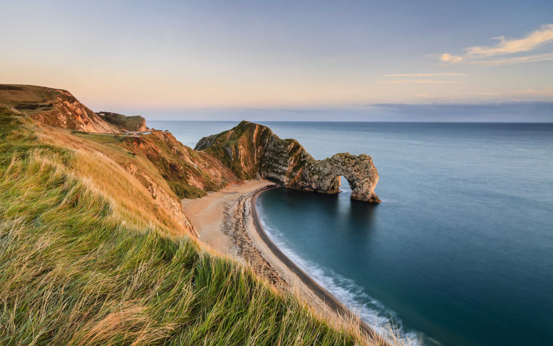 Finding Dinosaur Footprints Around the World - Jurassic Coast