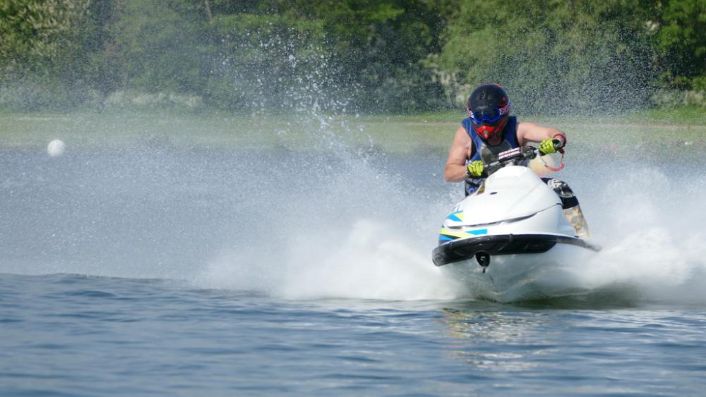 5 Tips for Safe Summer Watersport Adventures